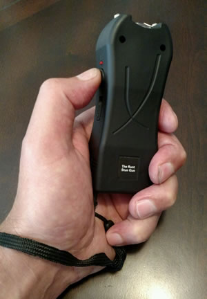 The Runt Stun Gun
